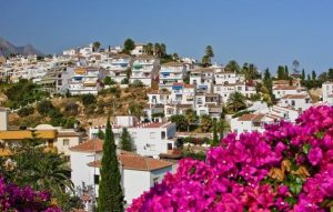 5 2 300x191 مزایای اقامت اسپانیا از طریق خرید ملک