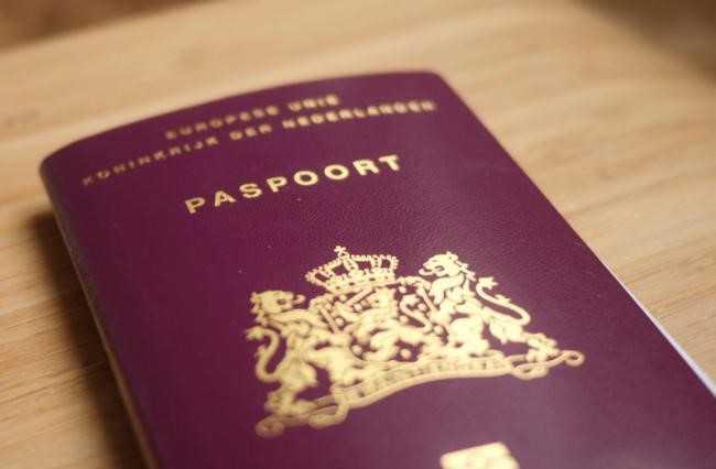 1 24 پاسپورت هلند